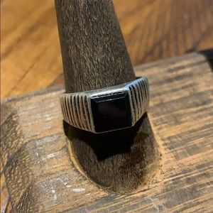 3/$10 vtg ring men's black square stone